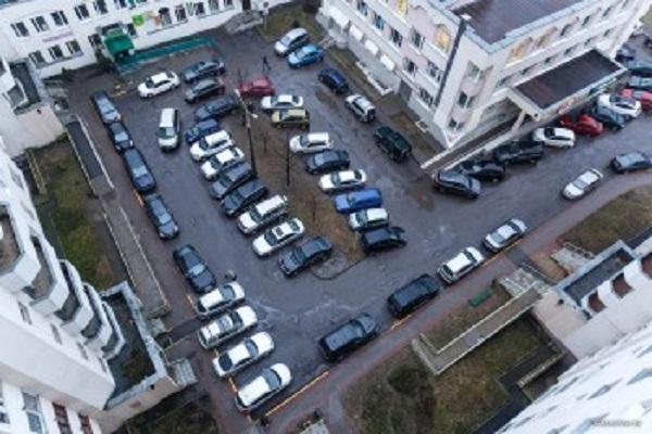Минрегион может запретить строительство парковок внутри жилых кварталов