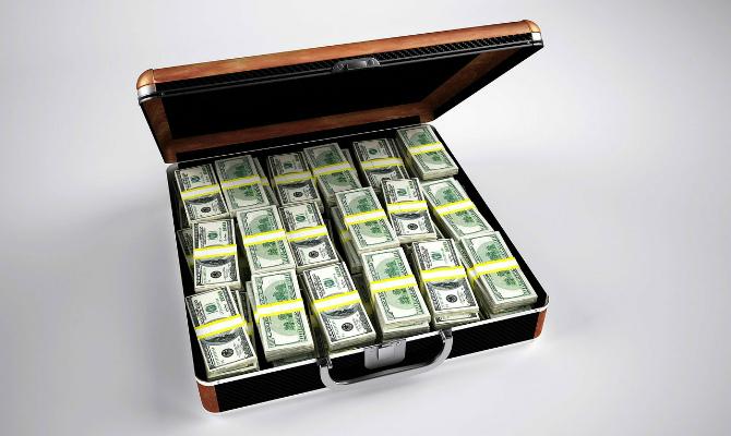 Чиновницу ФГВФЛ задержали на взятке в $5 млн (ФОТО)