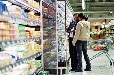Количество импортных товаров в Украине упало на 32%