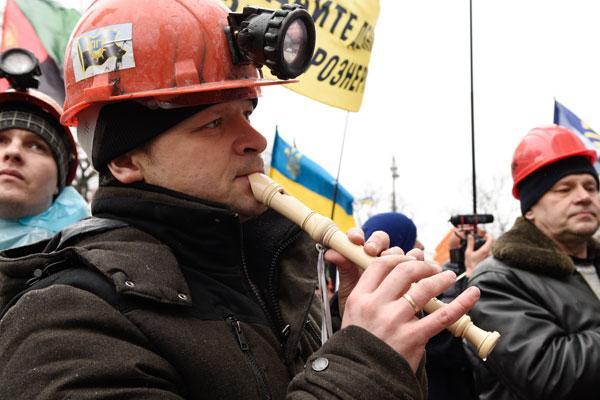 Львовские шахтеры заявляют о прекращении отгрузки угля