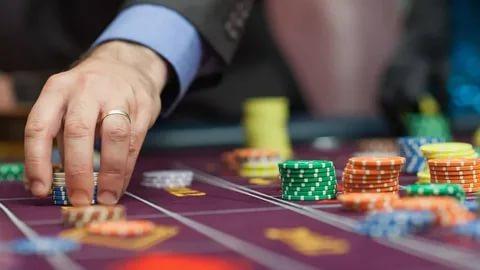 Опубликован список крупнейших операторов, которые получили лицензию на деятельность казино в Украине в 2021 году