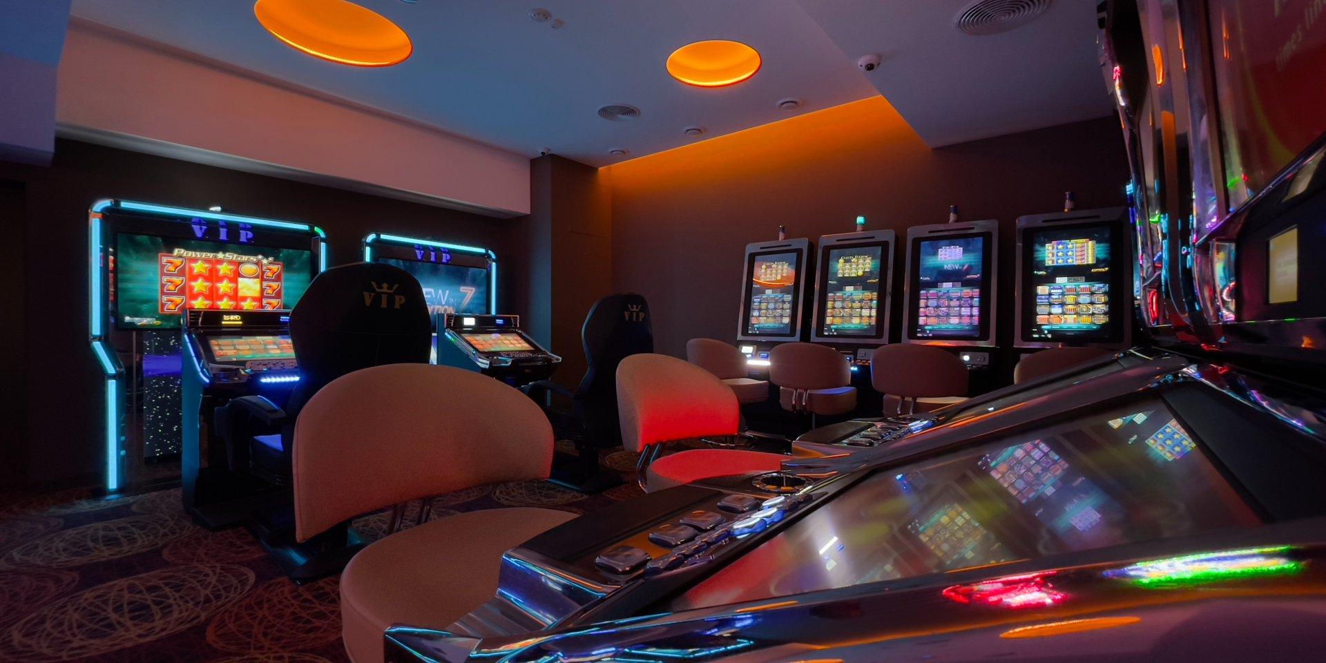 Первый зал игровых автоматов «LORD» открылся в Киеве