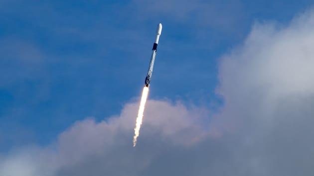 SpaceX купила стартап Swarm
