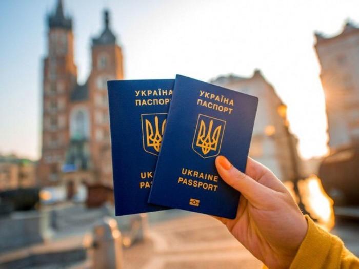 За два года безвизом с ЕС воспользовались около 3 миллиона украинцев