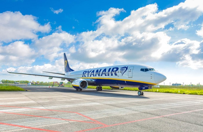 Ryanair выполнил первый после карантина рейс из Италии в Украину