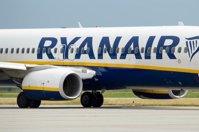 Ryanair с 1 июля возобновляет более 20 регулярных маршрутов из Украины