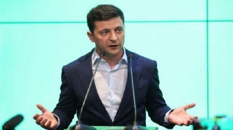 Рейтинг Зеленского продолжает снижаться - ОПРОС