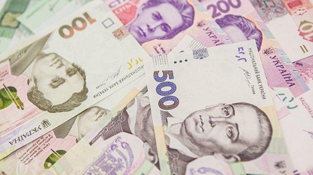 Налоговые поступления выросли до 730 млрд грн