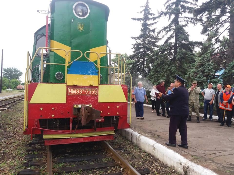 Оккупированный Донбасс снова свяжут ж/д сообщением