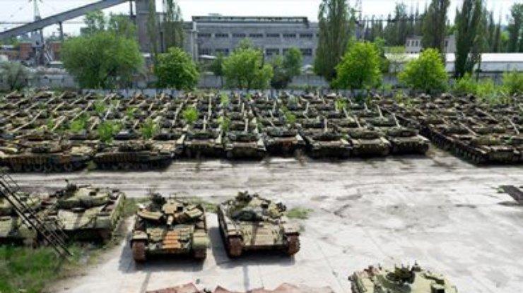 На Киевском бронетанковом заводе уволили директора: названа главная причина