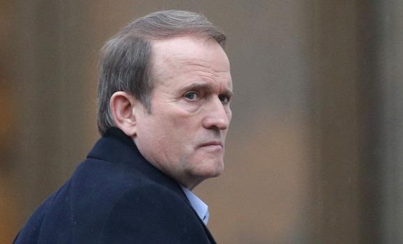 Суд отправил Медведчука под круглосуточный домашний арест