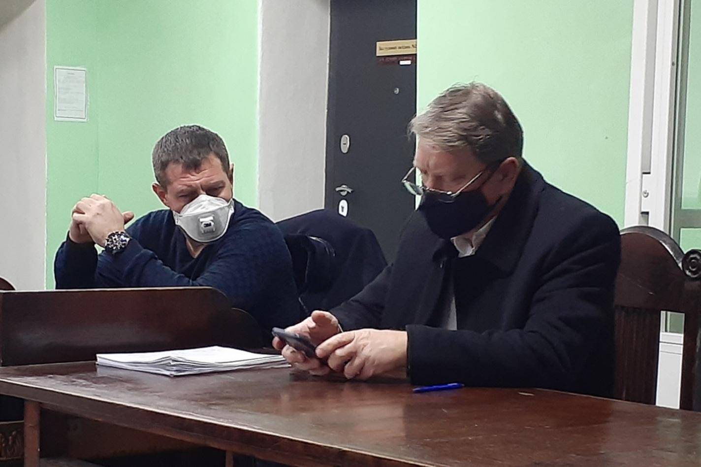 Прокурори без подання підстав не прийшли у суд, що розглядає справу по обвинуваченню екс-депутата Олега Авер'янова у крадіжці авто (ВІДЕО)