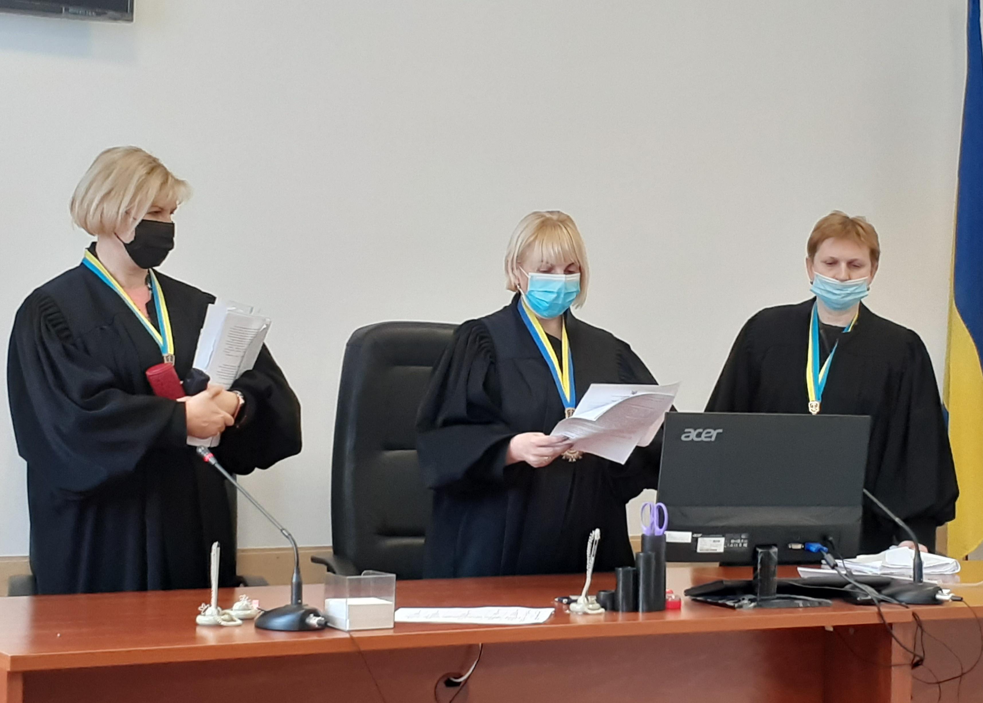Судді Чернігівського апеляційного суду за 15 хв обговорили, ухвалили та написали рішення у справі поділу майна на користь Олега Авер'янова (ВІДЕО)
