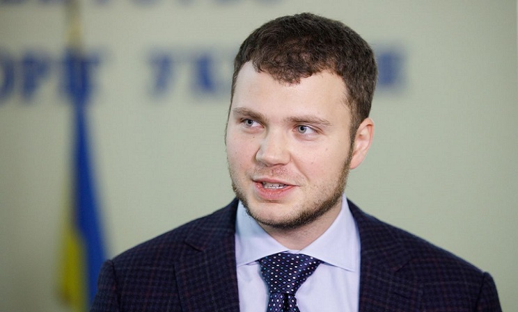 Криклий анонсировал с 1 июня возобновление пассажирских перевозок