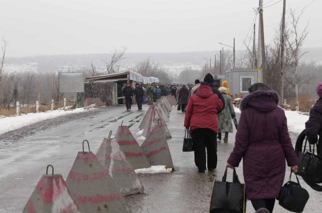 Жители ОРДЛО хотят в состав страны агрессора – ОПРОС