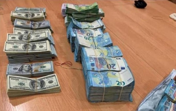 На таможне задержали рекордную контрабанду валюты