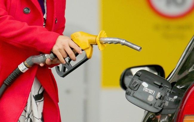 Ряд сетей АЗС перестали продавать премиальное топливо