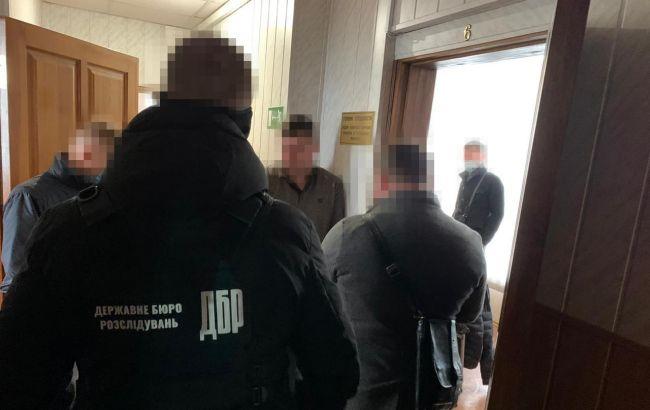 ГБР задержало на взятке чиновника одесской Госпотребслужбы