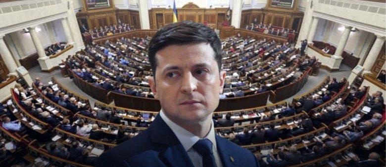 Более трети украинцев повторно проголосовали бы за Зеленского – ОПРОС