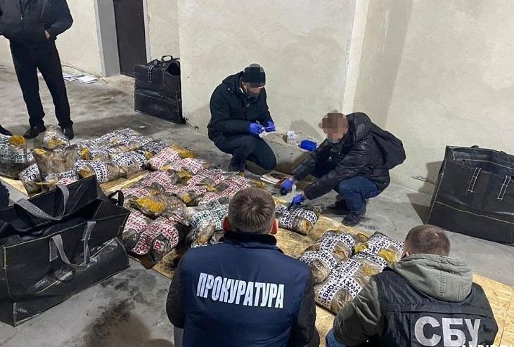В Украину под видом риса ввезли тонну героина – Офис генпрокурора