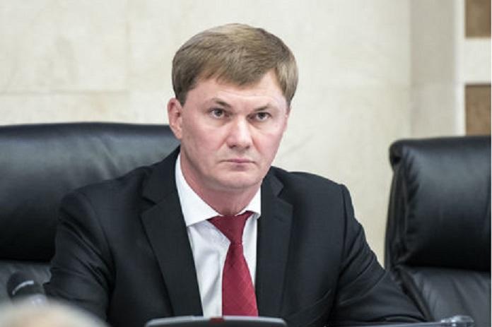 Кабмин уволил и.о. главы ГФС Власова