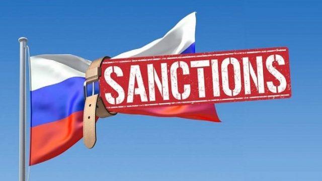 Украина на год продлила экономические санкции против России