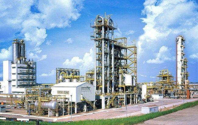 Нефтевики договорились о гарантированных поставках на НПЗ Коломойского
