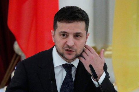 Президенту Зеленскому доверяют менее 50% украинцев – ОПРОС