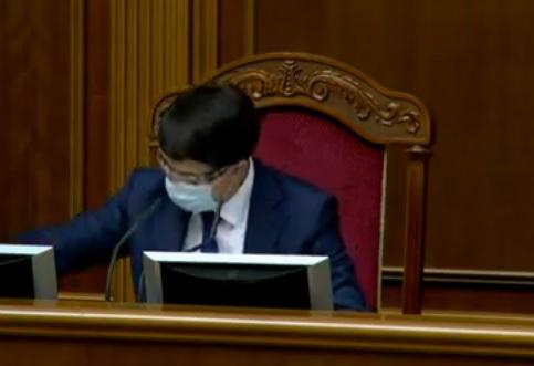 Из карантина вышли 292 нардепа, Рада заработала в антикризисном турборежиме