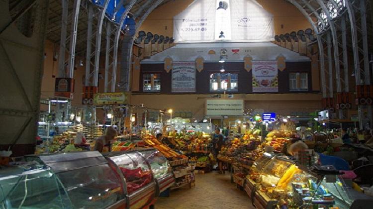 КМУ частично разрешит работу базаров