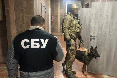 В Киеве задержали полицейского на взятке в $10 тысяч