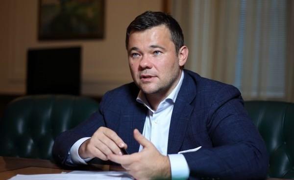 Богдан уходит в отставку, - СМИ