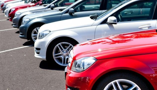 Рынок новых легковых авто в Украине за месяц вырос на 10%