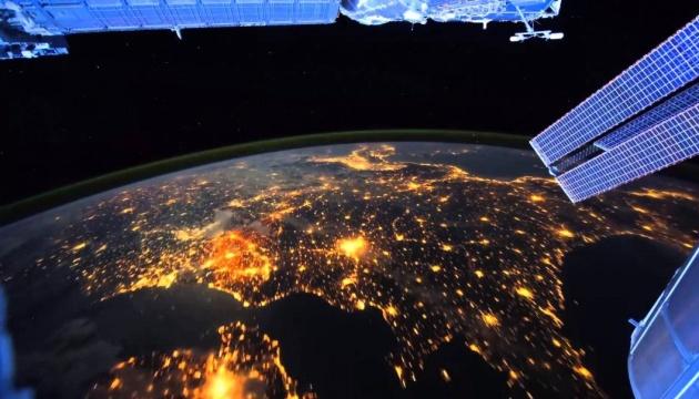 Кабмин принял решение о запуске украинского спутника