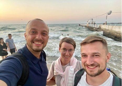Выдворенные из Беларуси журналисты прилетели в Украину
