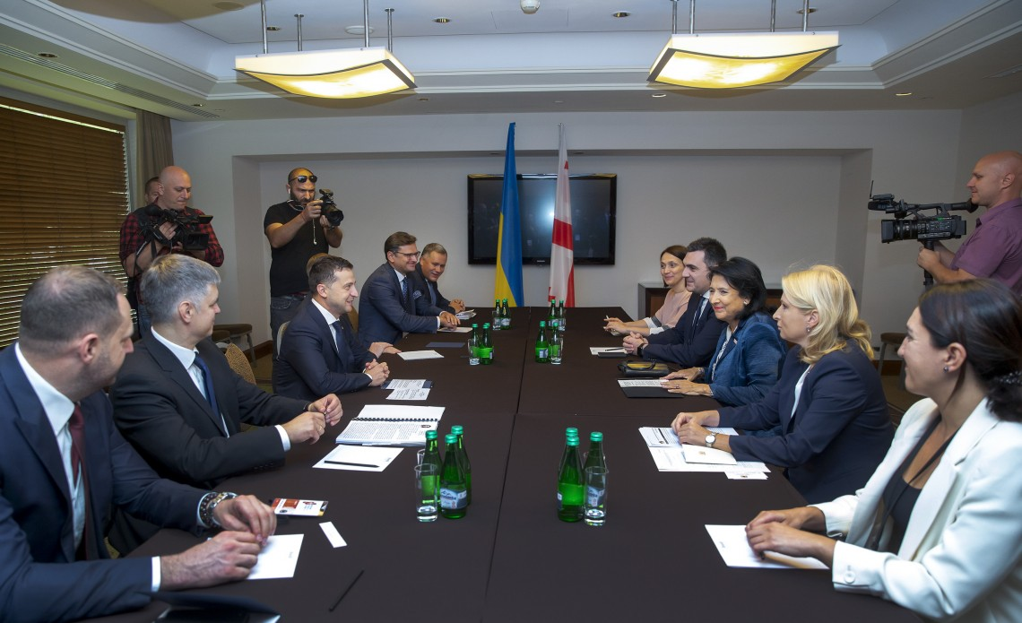 Украина и Грузия будут согласовывать действия по работе с институтами ЕС