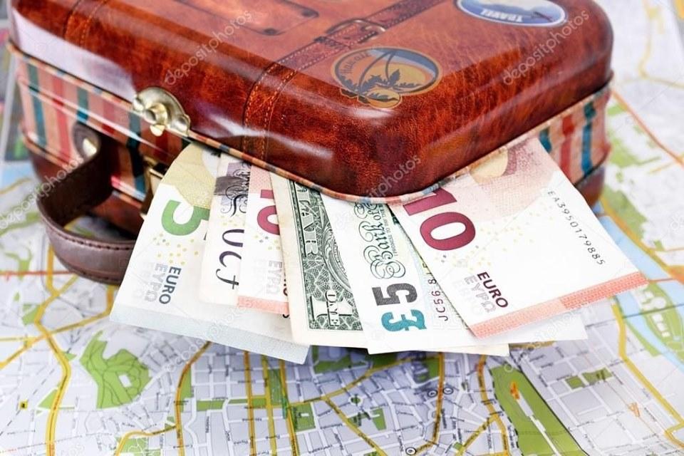 Киев за 9 месяцев посетили 1,5 миллиона иностранных туристов