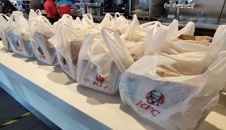 KFC передаст 1200 обедов медицинским работникам