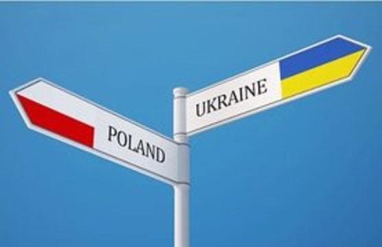 Польша начинает оформление и выдачу разрешений на автоперевозки