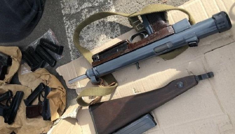 СБУ разоблачила в Киеве группировку торговцев оружием