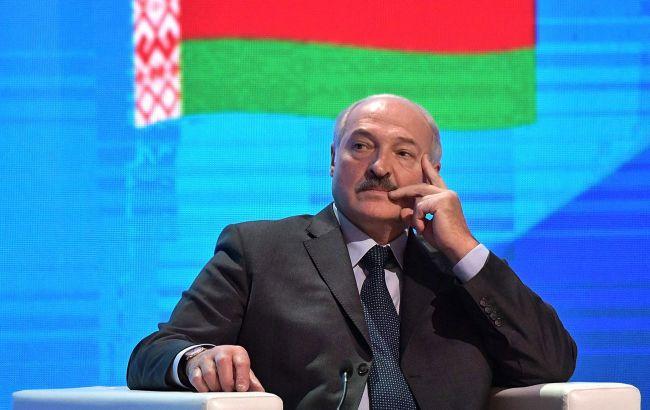 Лукашенко намерен обратиться к Путину