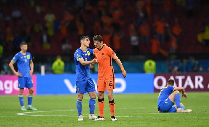 Футбольная сборная Украины проиграла Нидерландам в первом туре ЧЕ-2020