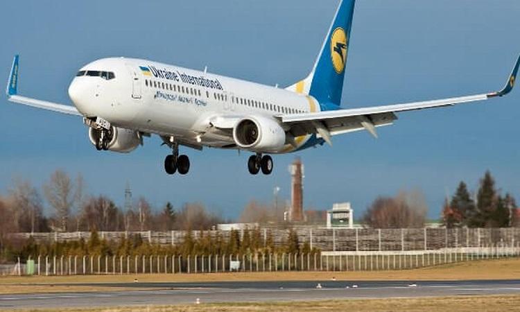 МАУ за год уволила тысячу сотрудников и выполнила на 72% меньше рейсов
