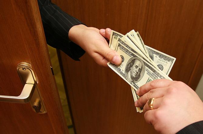 С начала года НАПК внесла 2,6 тысячи человек в реестр коррупционеров