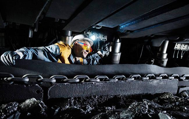Парламент продлил переходный период для поддержки государственных шахт