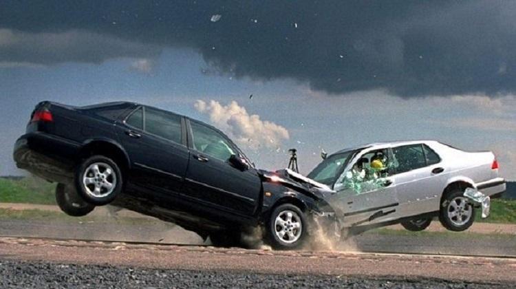 Кабмин утвердил стратегию для уменьшения смертности на дорогах