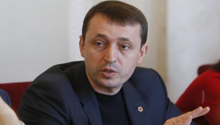 Активісти закликають «Слугу народу» не призначати Валерія Дубіля до керівництва медкомітету через зв'язки «із махінаторами часів Януковича»