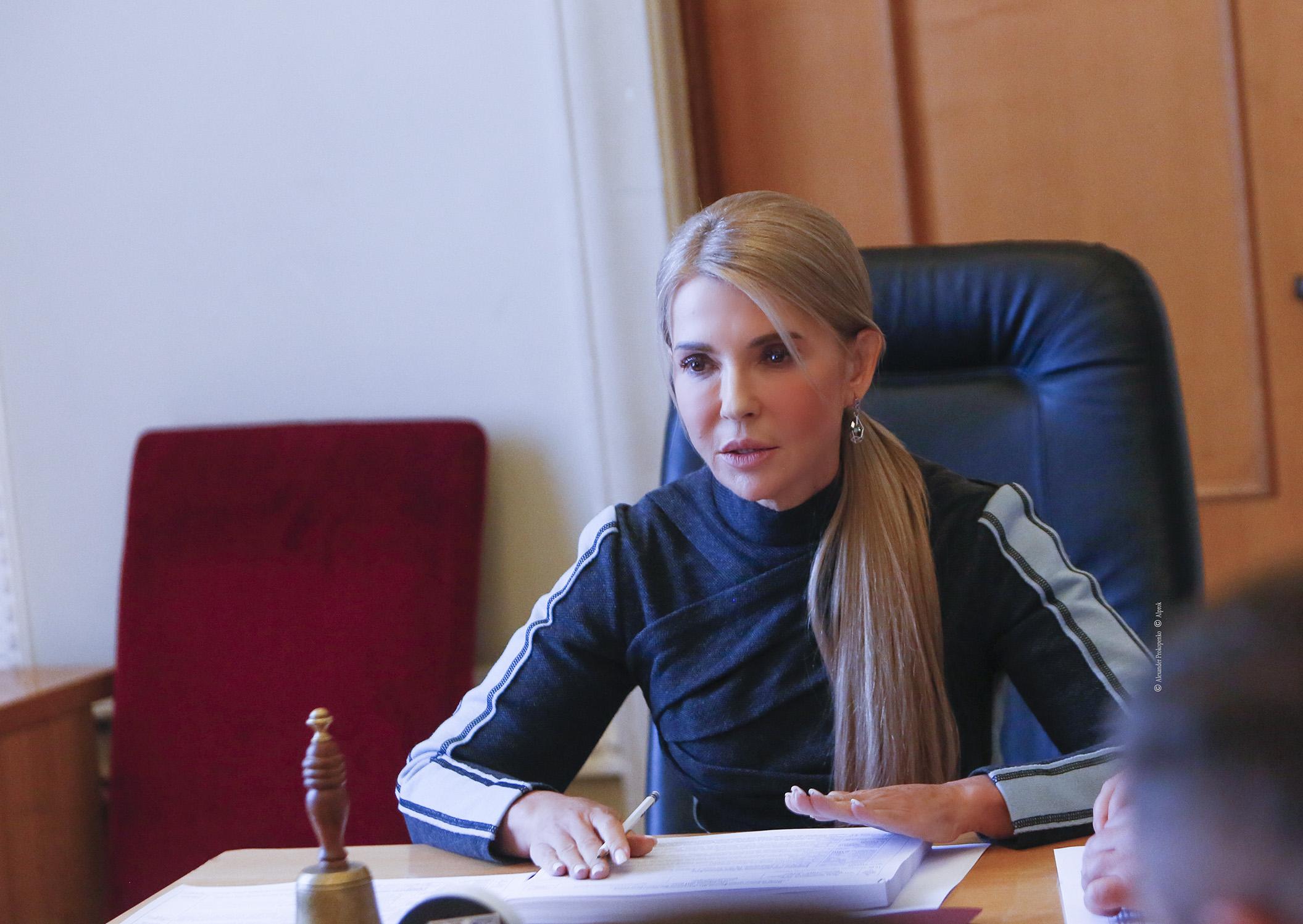 На плечі людей не можна перекладати проблему тарифів - Тимошенко