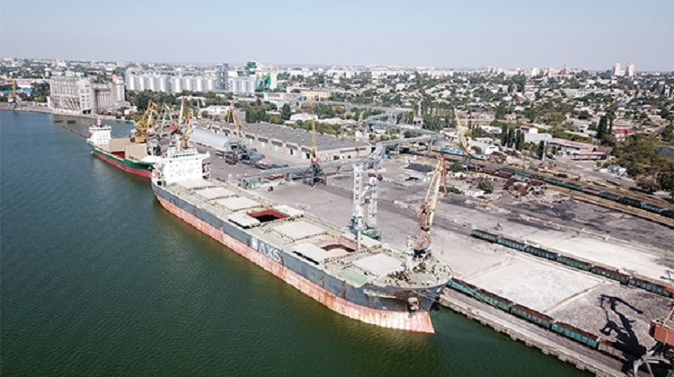 «Нибулон» перевез по внутренним рекам Украины 20 млн тонн грузов