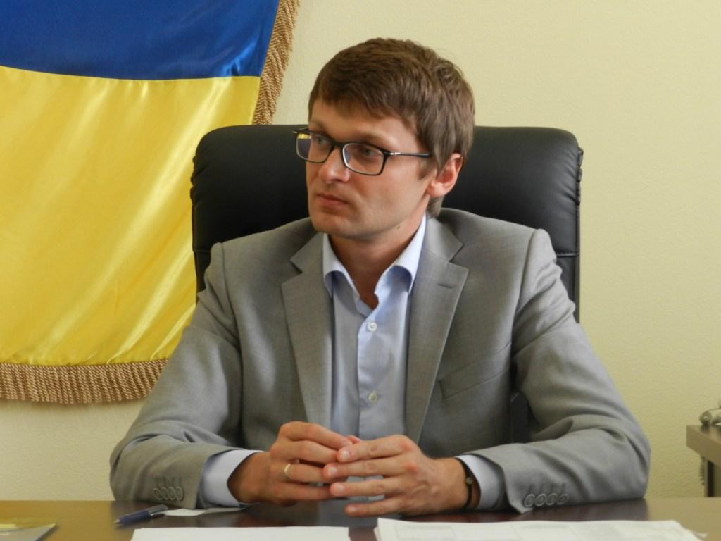 Чиновник юстиции Куценко, попавший на Доску Позора алиментщиков, только после сандала в СМИ оплатил долг малолетним детям